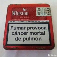 Coleccionismo: WINSTON CLASSIC LIMITED EDITION CAJA DE TABACO METÁLICA CON RELIEVE. COLOR ROJO.. Lote 94073915