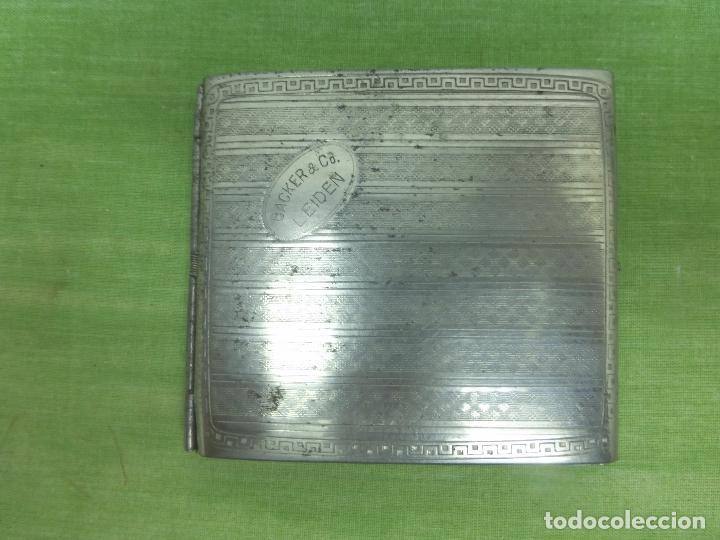 Coleccionismo: ANTIGUA PITILLERA BAKER & CO LEIDEN. CROMADA ESMALTADA CON BAÑO DE PLATA. GRABADO INTERIOR - Foto 4 - 94327594