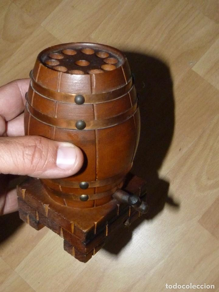 Coleccionismo: Curiosa tabaquera antigua cigarrera barril barrica Madera madera cigarrillo fumador - Foto 2 - 95081743