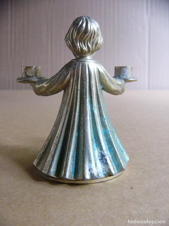 Coleccionismo: Figura de un angel en metal - Candelabro o portavelas liturgico para velas - Foto 3 - 97823943