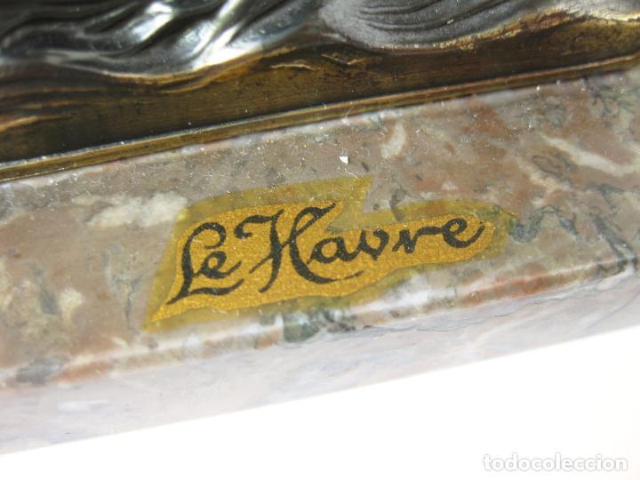 Coleccionismo: MAQUETA METÁLICA RECUERDO DE LA BOTADURA DEL TRASATLANTICO FRANCE - LE HAVRE - FRANCIA - 1961 - Foto 5 - 98483375