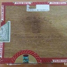 Coleccionismo: CAJA PUROS LA FLOR DE LA ISABELA COMPAÑIA GENERAL DE TABACOS DE FILIPINAS CON PUROS LEER DESCRIPCION. Lote 103772343