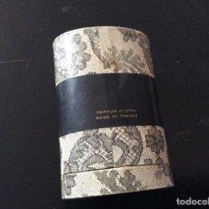 Coleccionismo: FEMENINO PARFUMS ROCHAS.BOTELLA VACIA. Lote 105585459
