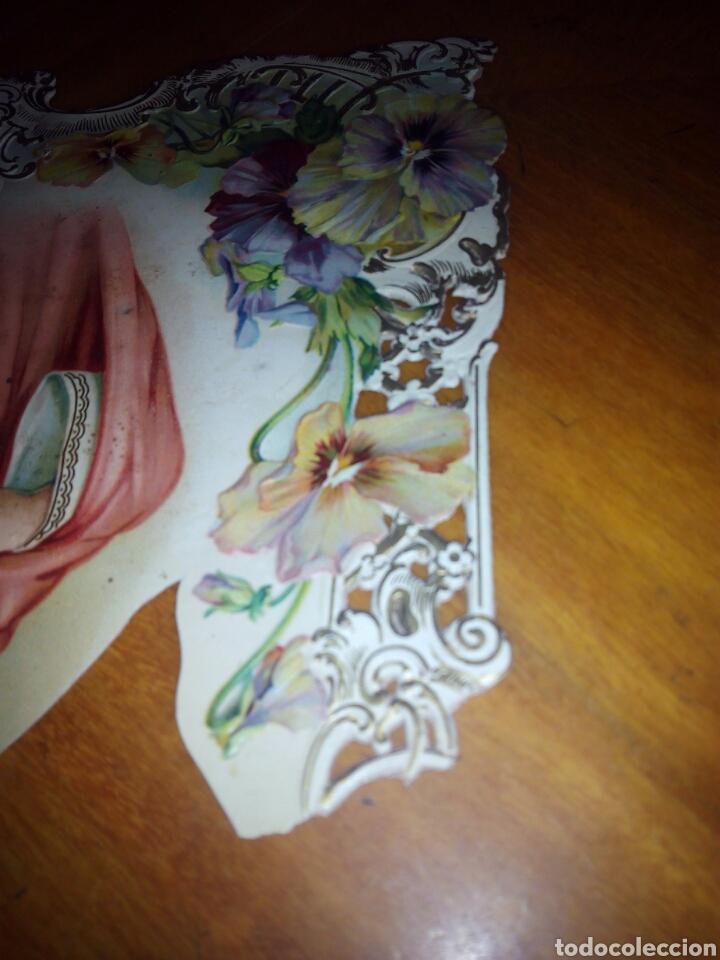 Coleccionismo: Cartón troquelado y grofado del Sagrado corazón. Religion. San. Santo. Cartel - Foto 5 - 106630732