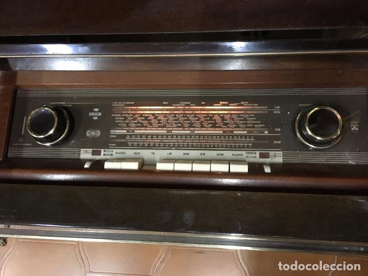 Coleccionismo: MUEBLE DE MADERA CON RADIO Y TOCADISCOS GRUNDIG AÑOS 60/70 - MEDIDA 136X81X42 CM - Foto 8 - 106786351