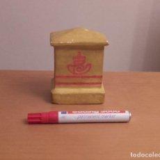 Coleccionismo: BUZON DE CORREOS DE YESO. Lote 109587947