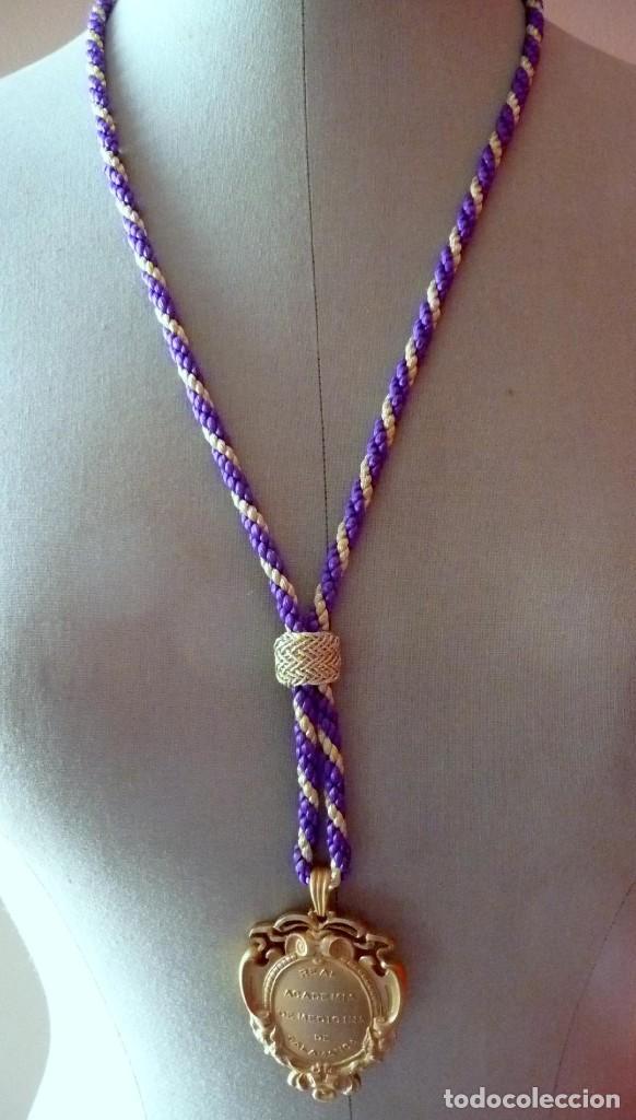 Coleccionismo: (JX-180210)Medalla de cuello de la Real Academia de Medicina de Salamanca . - Foto 2 - 111575555