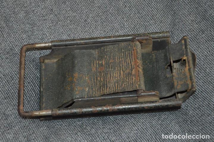 Coleccionismo: VINTAGE Y ANTIGUO - ANTIGUO INSTRUMENTO LIADOR DE TABACO - FAVORITA PATENTE - HAZ OFERTA - Foto 3 - 112335211