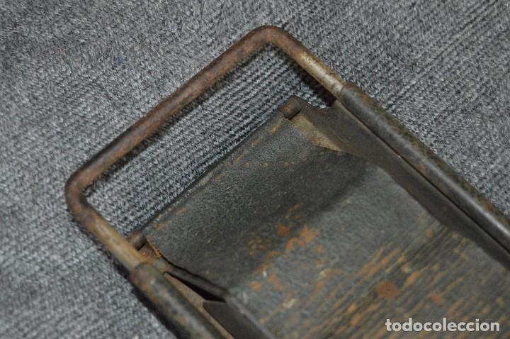 Coleccionismo: VINTAGE Y ANTIGUO - ANTIGUO INSTRUMENTO LIADOR DE TABACO - FAVORITA PATENTE - HAZ OFERTA - Foto 5 - 112335211
