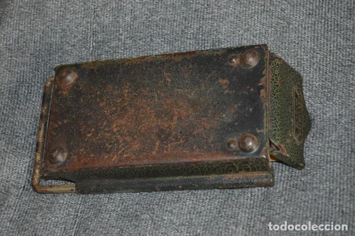 Coleccionismo: VINTAGE Y ANTIGUO - ANTIGUO INSTRUMENTO LIADOR DE TABACO - FAVORITA PATENTE - HAZ OFERTA - Foto 6 - 112335211