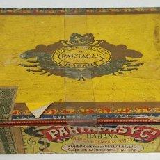 Coleccionismo: CAJA DE PUROS PARTAGAS. MADERA. FABRICA DE CIGARROS. LA HABANA. CIRCA 1950. . Lote 127683260