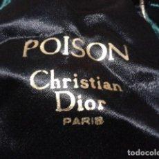 Coleccionismo: BOLSA DE COLONIA POISON CRISTIAN DIOR PARIS ANTIGUO. Lote 118402159