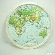 Coleccionismo: ANTIGUA TAPA DIXAN - MAPA RELIEVE AFRICA EUROPA/ASIA - DETERGENTES TAMBOR DETERGENTE 2 . Lote 118889495