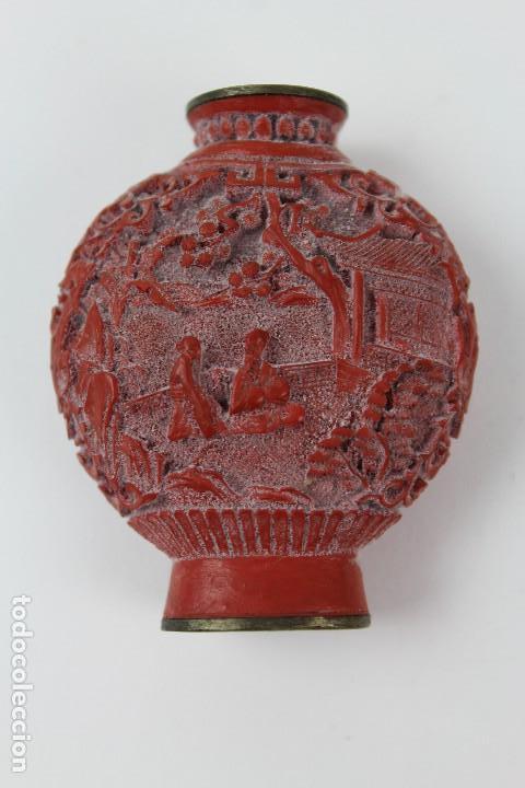 Coleccionismo: SNUFF BOTTLE ,TABAQUERA ORIENTAL DE LACA ROJA. PRINCIPIOS S.XX. - Foto 2 - 119866251