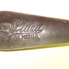 Coleccionismo: ALMERIA CALZADOS PLAZA - CALZADOR ANTIGUO PROPAGANDA. Lote 120961119