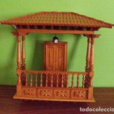 Coleccionismo: ANTIGUO BALCÓN MADERA PARED - HECHO A MANO. Lote 123548219