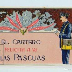 Coleccionismo: ANTIGUA TARJETA/HOJITA - FELICITACIÓN DE LAS PASCUAS / EL CARTERO - CORREOS - AÑOS 60. Lote 124398863