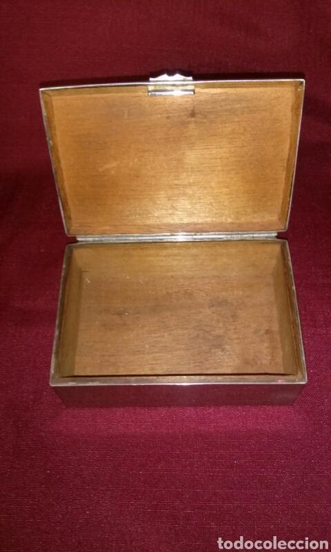 Coleccionismo: Caja metalica para tabaco, interior de madera. Cigarettes. 13x9x5 cm. - Foto 4 - 125088443