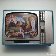 Coleccionismo: ANTIGUO SOUVENIR TELEVISOR, VISOR AÑOS 80 DE LOURDES. Lote 126456035