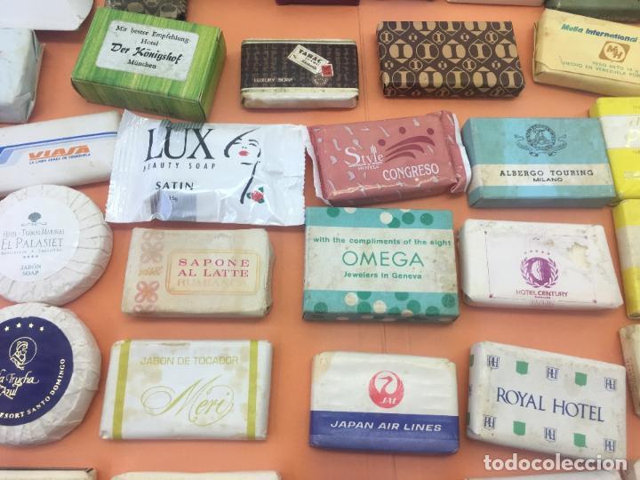 Coleccionismo: LOTE DE 50 Ó 60 PASTILLAS DE MINI JABONES DE HOTELES, LINEAS AEREAS, ETC. LOTE Nº2 - Foto 6 - 127823359