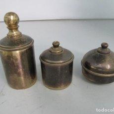 Coleccionismo: MINIATURAS DE JUEGO CAZUELAS DE BRONCE. TAMAÑO DE LA MAYOR 10 CM DE ALTURA.. Lote 128940407