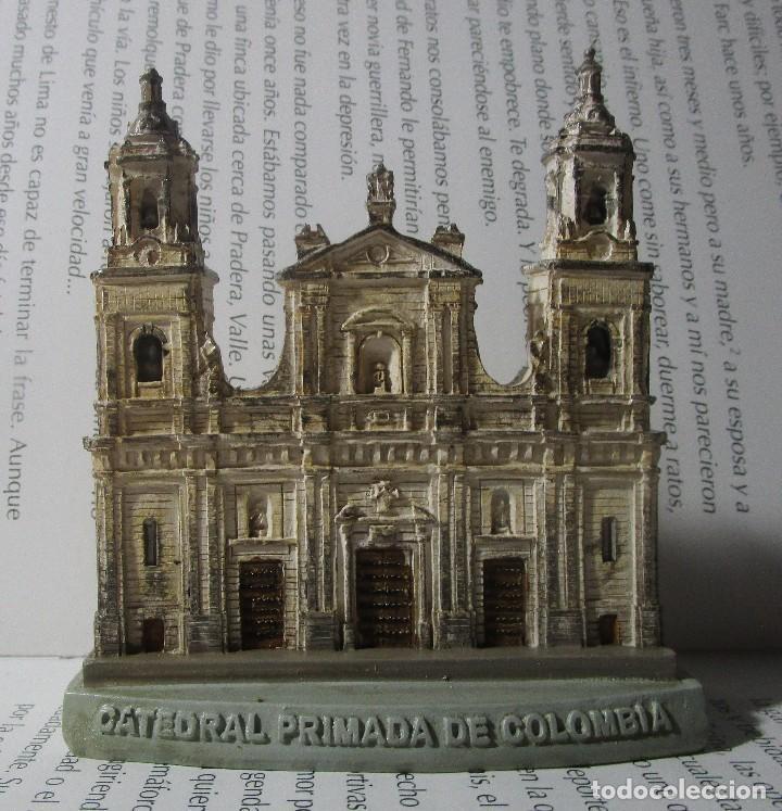 FIGURA TIPO ANTIGUA CATEDRAL PRIMADA DE COLOMBIA BOGOTA ESCALA COLECCION DISCOVERY (Coleccionismo - Varios)