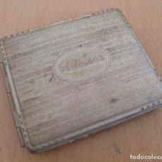 Coleccionismo: PITILLERA METALICA PUBLICIDAD CHOCOLATES AMATLLER BARCELONA 9 X 8 CM (APROX). Lote 130235822