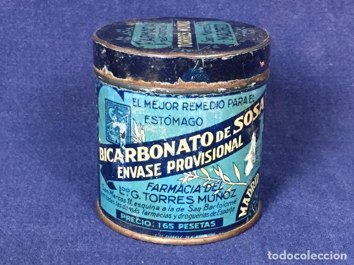 ANTIGUO BOTE HOJALATA BICARBONATO DE SOSA FARMACIA TORRES MUÑOZ SAN MARCOS MADRID 1923 (Coleccionismo - Varios)