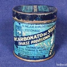 Coleccionismo: ANTIGUO BOTE HOJALATA BICARBONATO DE SOSA FARMACIA TORRES MUÑOZ SAN MARCOS MADRID 1923. Lote 130318606