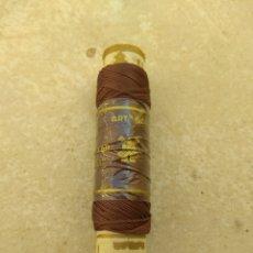 Coleccionismo: BOBINA HILO DE RAYÓN EL MOLINO. Lote 133122321