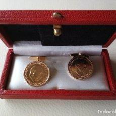 Coleccionismo: GEMELOS DE PESETA DE FRANCO. Lote 139211646