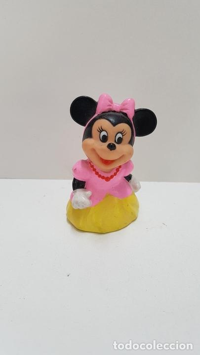 Minnie mouse con vestido rosa