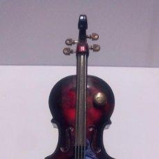Coleccionismo: MECHERO MUSICAL VIOLÍN. Lote 141615370
