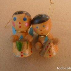 Coleccionismo: ADORNOS NAVIDAD, DE MADERA. ANTIGUOS. Lote 142284998