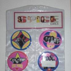Collezionismo: MUESTRARIO COMPLETO DE PARCHES O PEGATINAS DE TELA PARA LA ROPA DE SPICE GIRLS 1997. Lote 233601225