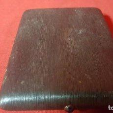 Coleccionismo: PITILLERA VINTAGE EN PLASTICO NEGRO. . Lote 143186910