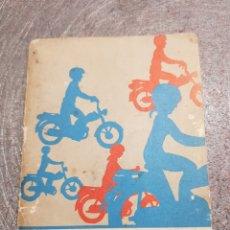 Coleccionismo: GUÍA CONDUCTOR CICLOMOTOR AÑO 1974. Lote 143782301