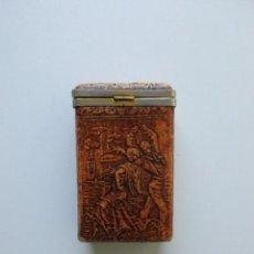 Coleccionismo: ANTIGUA PITILLERA DE PIEL. Lote 146309770