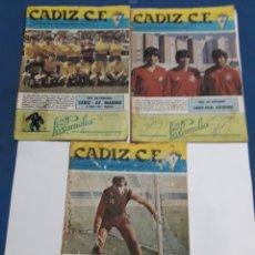 Coleccionismo: LOTE DE 3 CUADERNILLOS DEL F.C. CADIZ N 11,14,16 1984. Lote 147926236