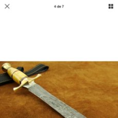Coleccionismo: CUCHILLO CAZA EN DAMASCO Y HUESO 39,5 CM. Lote 148594593