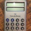 Coleccionismo: CAIXA DE GIRONA-CALCULADORA. Lote 148907182