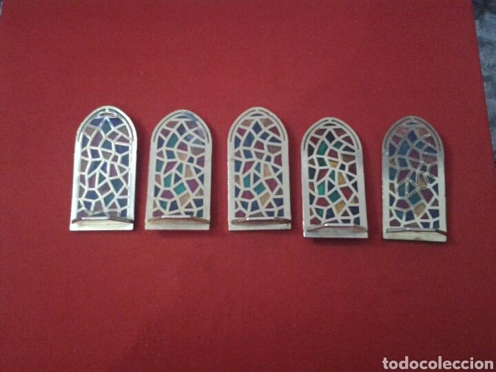 Coleccionismo: Capilla de metal y vidriera lote de 5 piezas - Foto 6 - 149357181