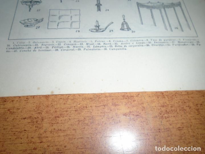 Coleccionismo: LÁMINA ANTIGUA DICCIONARIO ENCICLOPÉDICO : ATRIBUTOS, ORNAMENTOS Y OBJETOS DEL CULTO - Foto 4 - 149905406