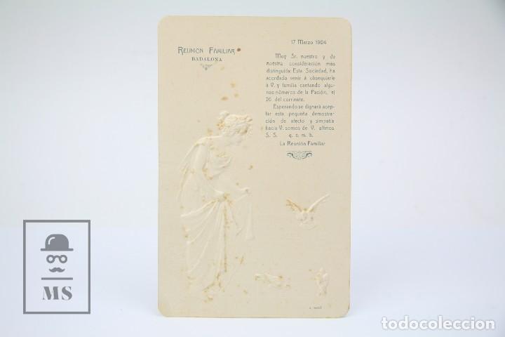 Antigua Tarjeta Invitación En Relieve Reunión Familiar Badalona Año 1904