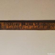 Coleccionismo: METRO DE MADERA CON PUBLICIDAD DE DIELECTRO BALEAR PALMA. Lote 151660360