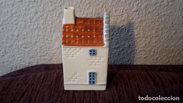 Coleccionismo: casita botella en cerámica de Delfts - Foto 4 - 152506274