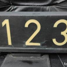 Coleccionismo: ANTIGUO MODULO TAXI DE BARCELONA. Lote 153364718