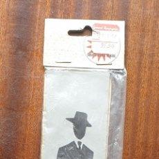 Coleccionismo: VINTAGE SUPER KIKOL INDICATIVE ADHESIVE. Lote 153945161