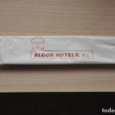 Coleccionismo: PEINE ALCOR HOTELS. Lote 155148226