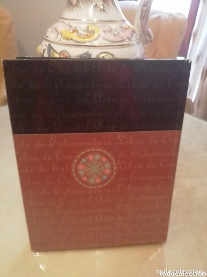 Coleccionismo: Libro de oro historia arte en Extremadura. Láminas antiguas colecc . - Foto 2 - 155707534